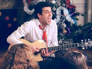 Joyeux Noel Max Boublil.Clip Video Max Boublil Joyeux Noel